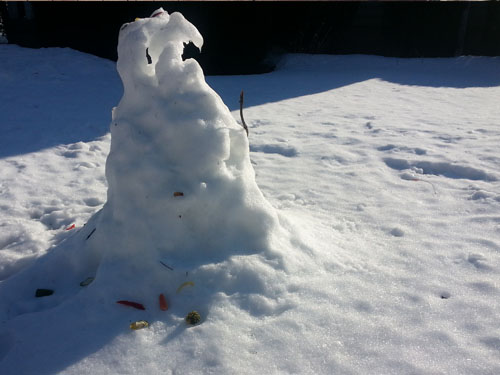 No healthy bones for this snowperson, who has not been eating its vegetables.